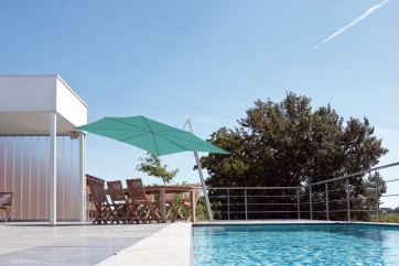 Spectra Sidepost Cantilever Umbrella